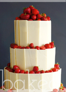 White Chocolate and Strawberry Cake